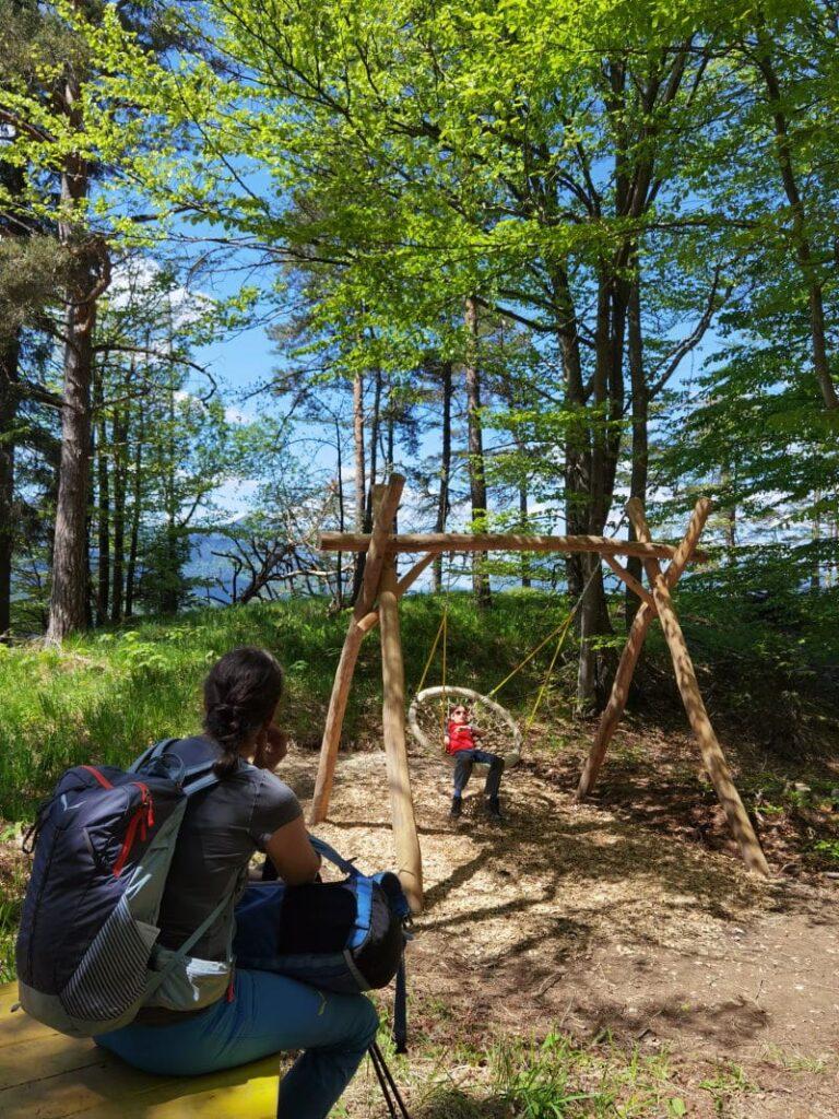 """Von """"Spielplatz zu Spielplatz"""" in Kufstein wandern mit Kindern"""